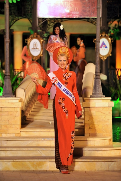 mrs_world_wahl_vietnam_november_2009_20091227_1660750789