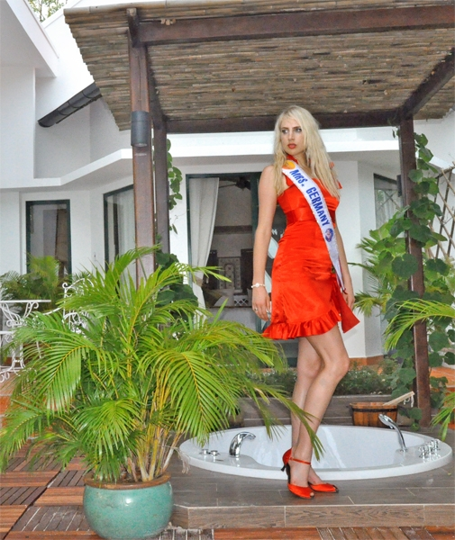 mrs_world_wahl_vietnam_november_2009_20091227_2002564583