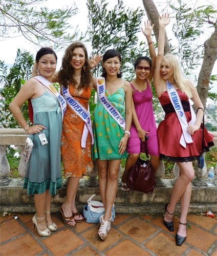 mrs_world_wahl_vietnam_november_2009_20091227_2003342409