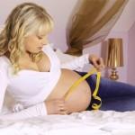 Elischeba mit Babybauch